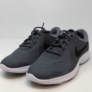 Nike Boys' Revolution 4 Sneakers